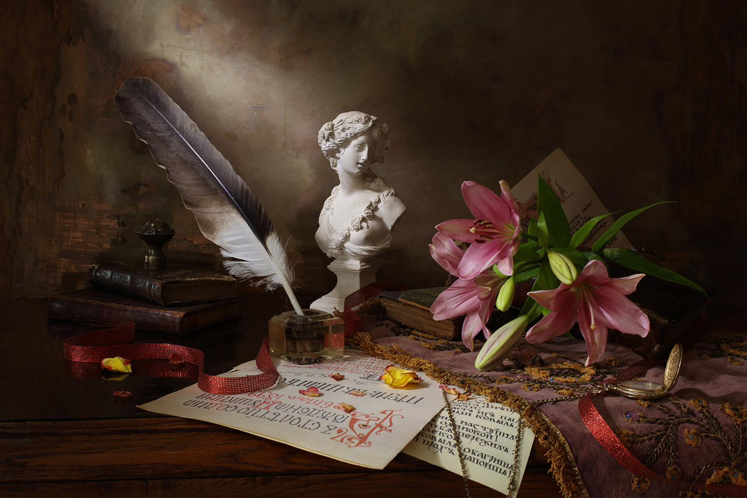 Photo Wallpaper Still Life With Lily And Bust