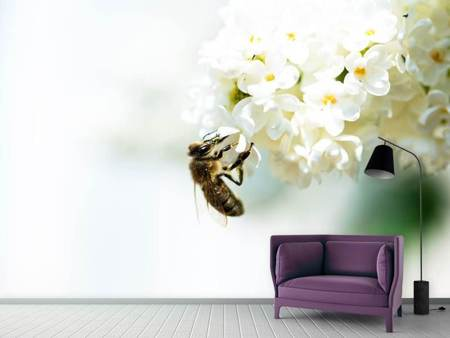 Fotobehang The Bumblebee And The Flower